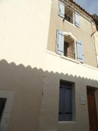 Maison St Gilles &bull; <span class='offer-area-number'>65</span> m² environ &bull; <span class='offer-rooms-number'>4</span> pièces