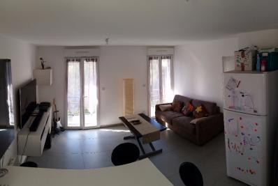Appartement Toulon &bull; <span class='offer-area-number'>40</span> m² environ &bull; <span class='offer-rooms-number'>2</span> pièces