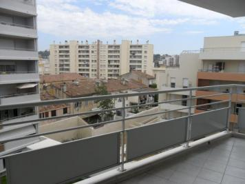 Appartement Marseille 13 &bull; <span class='offer-area-number'>41</span> m² environ &bull; <span class='offer-rooms-number'>2</span> pièces