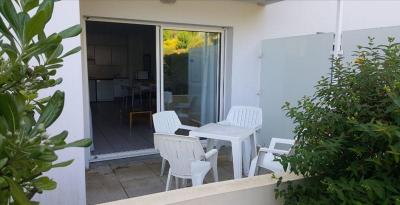 Appartement Chateau D Olonne &bull; <span class='offer-area-number'>46</span> m² environ &bull; <span class='offer-rooms-number'>2</span> pièces