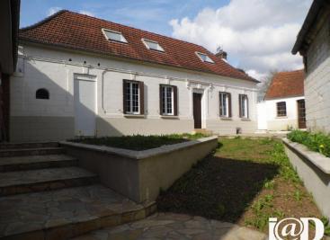 Maison Bienvillers au Bois &bull; <span class='offer-area-number'>123</span> m² environ &bull; <span class='offer-rooms-number'>4</span> pièces