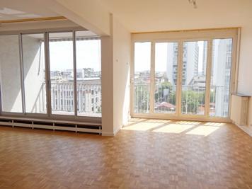 Appartement Paris 15 &bull; <span class='offer-area-number'>66</span> m² environ &bull; <span class='offer-rooms-number'>3</span> pièces
