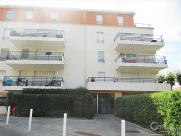 Appartement Marseille 11 &bull; <span class='offer-area-number'>65</span> m² environ &bull; <span class='offer-rooms-number'>3</span> pièces