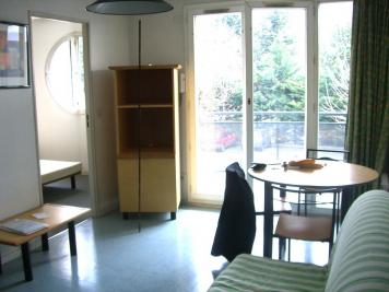 Appartement Sassenage &bull; <span class='offer-area-number'>30</span> m² environ &bull; <span class='offer-rooms-number'>2</span> pièces