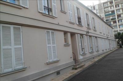 Appartement Charenton le Pont &bull; <span class='offer-area-number'>28</span> m² environ &bull; <span class='offer-rooms-number'>2</span> pièces
