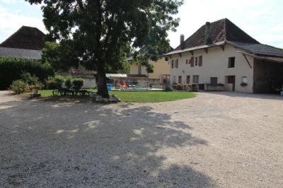 Maison Le Pont de Beauvoisin &bull; <span class='offer-area-number'>160</span> m² environ &bull; <span class='offer-rooms-number'>6</span> pièces