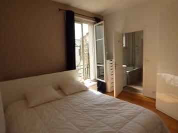 Appartement Paris 18 &bull; <span class='offer-area-number'>43</span> m² environ &bull; <span class='offer-rooms-number'>2</span> pièces