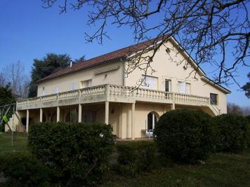 Maison Boe &bull; <span class='offer-area-number'>460</span> m² environ &bull; <span class='offer-rooms-number'>9</span> pièces