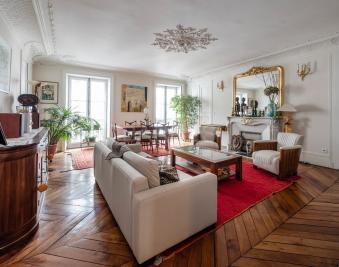 Appartement Paris 09 &bull; <span class='offer-area-number'>190</span> m² environ &bull; <span class='offer-rooms-number'>6</span> pièces