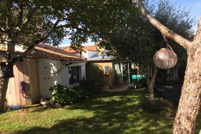 Maison La Plaine sur Mer &bull; <span class='offer-area-number'>86</span> m² environ &bull; <span class='offer-rooms-number'>4</span> pièces