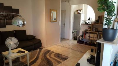 Appartement Lyon 09 &bull; <span class='offer-area-number'>65</span> m² environ &bull; <span class='offer-rooms-number'>3</span> pièces