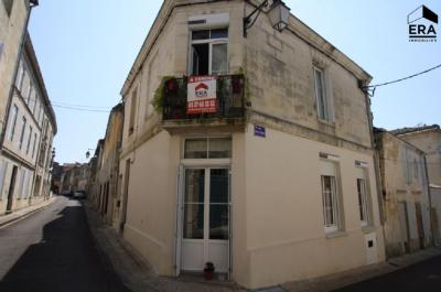 Maison Bourg &bull; <span class='offer-area-number'>102</span> m² environ &bull; <span class='offer-rooms-number'>4</span> pièces