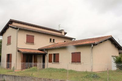 Maison Castelginest &bull; <span class='offer-area-number'>155</span> m² environ &bull; <span class='offer-rooms-number'>6</span> pièces