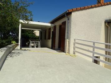 Maison St Etienne &bull; <span class='offer-area-number'>92</span> m² environ &bull; <span class='offer-rooms-number'>5</span> pièces
