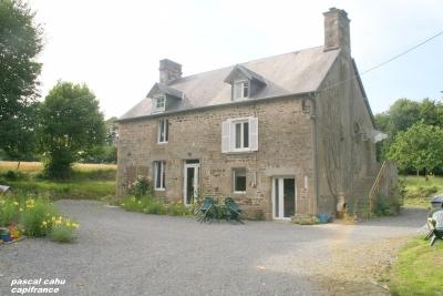 Maison Brecey &bull; <span class='offer-area-number'>174</span> m² environ &bull; <span class='offer-rooms-number'>5</span> pièces