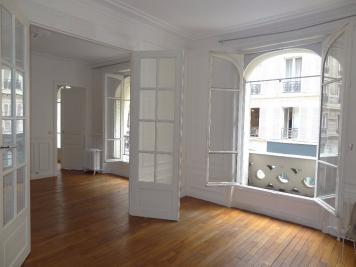 Appartement Paris 06 &bull; <span class='offer-area-number'>78</span> m² environ &bull; <span class='offer-rooms-number'>4</span> pièces
