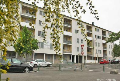Appartement Montargis &bull; <span class='offer-area-number'>51</span> m² environ &bull; <span class='offer-rooms-number'>2</span> pièces