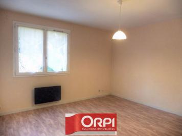 Appartement Les Avenieres &bull; <span class='offer-area-number'>50</span> m² environ &bull; <span class='offer-rooms-number'>2</span> pièces