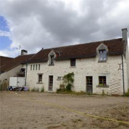 Maison Parcay sur Vienne &bull; <span class='offer-area-number'>350</span> m² environ &bull; <span class='offer-rooms-number'>11</span> pièces