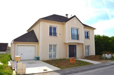 Maison Presles en Brie &bull; <span class='offer-area-number'>194</span> m² environ &bull; <span class='offer-rooms-number'>8</span> pièces