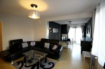 Appartement St Etienne &bull; <span class='offer-area-number'>95</span> m² environ &bull; <span class='offer-rooms-number'>5</span> pièces