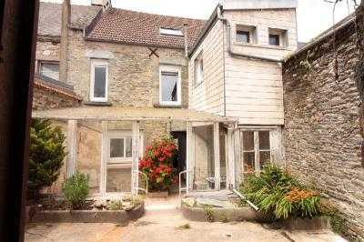 Maison Cherbourg Octeville &bull; <span class='offer-area-number'>158</span> m² environ