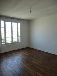 Appartement La Garenne Colombes &bull; <span class='offer-area-number'>40</span> m² environ &bull; <span class='offer-rooms-number'>2</span> pièces
