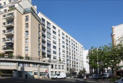 Appartement Paris 15 &bull; <span class='offer-area-number'>63</span> m² environ &bull; <span class='offer-rooms-number'>3</span> pièces