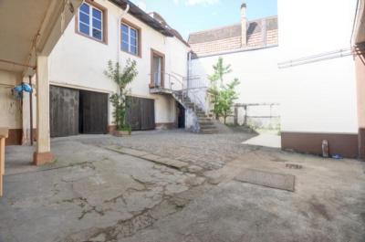 Maison Ste Marie aux Mines &bull; <span class='offer-area-number'>300</span> m² environ &bull; <span class='offer-rooms-number'>15</span> pièces