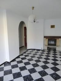 Appartement Montbazin &bull; <span class='offer-area-number'>68</span> m² environ &bull; <span class='offer-rooms-number'>5</span> pièces