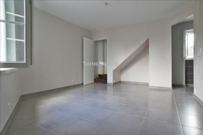 Appartement Orry la Ville &bull; <span class='offer-area-number'>36</span> m² environ &bull; <span class='offer-rooms-number'>2</span> pièces
