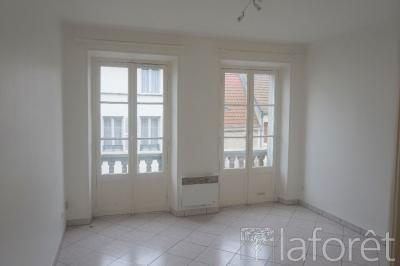 Appartement Luzarches &bull; <span class='offer-area-number'>39</span> m² environ &bull; <span class='offer-rooms-number'>2</span> pièces