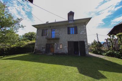 Maison La Motte Servolex &bull; <span class='offer-area-number'>102</span> m² environ &bull; <span class='offer-rooms-number'>5</span> pièces