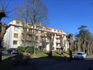 Appartement Caen &bull; <span class='offer-area-number'>166</span> m² environ &bull; <span class='offer-rooms-number'>6</span> pièces