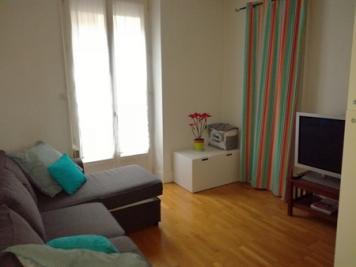 Appartement Grenoble &bull; <span class='offer-area-number'>71</span> m² environ &bull; <span class='offer-rooms-number'>4</span> pièces