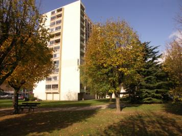 Appartement Seyssins &bull; <span class='offer-area-number'>82</span> m² environ &bull; <span class='offer-rooms-number'>4</span> pièces