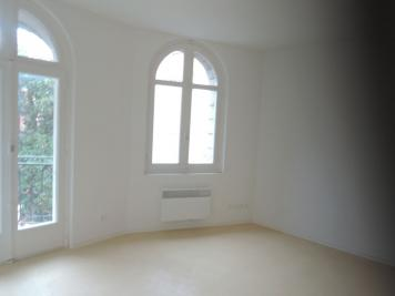Appartement Prades &bull; <span class='offer-area-number'>99</span> m² environ &bull; <span class='offer-rooms-number'>4</span> pièces
