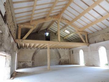 Loft Les Etangs &bull; <span class='offer-area-number'>149</span> m² environ &bull; <span class='offer-rooms-number'>1</span> pièce