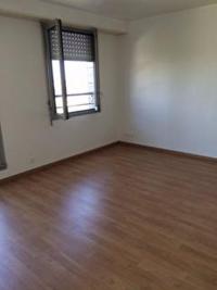 Appartement La Roche sur Yon &bull; <span class='offer-area-number'>30</span> m² environ &bull; <span class='offer-rooms-number'>1</span> pièce