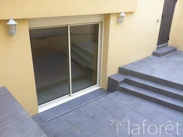 Appartement La Roche sur Yon &bull; <span class='offer-area-number'>30</span> m² environ &bull; <span class='offer-rooms-number'>2</span> pièces