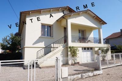 Maison Bergerac &bull; <span class='offer-area-number'>130</span> m² environ &bull; <span class='offer-rooms-number'>6</span> pièces