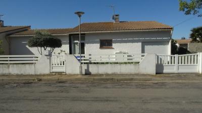 Maison St Gilles &bull; <span class='offer-area-number'>96</span> m² environ &bull; <span class='offer-rooms-number'>4</span> pièces