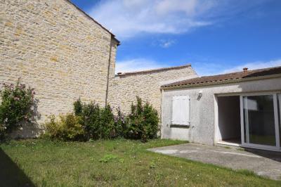 Maison St Xandre &bull; <span class='offer-area-number'>122</span> m² environ &bull; <span class='offer-rooms-number'>5</span> pièces