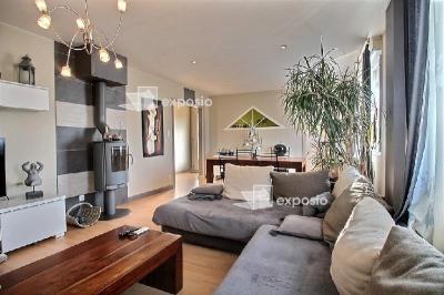 Maison Aiffres &bull; <span class='offer-area-number'>131</span> m² environ &bull; <span class='offer-rooms-number'>7</span> pièces