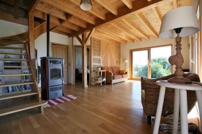 Maison Retournac &bull; <span class='offer-area-number'>140</span> m² environ &bull; <span class='offer-rooms-number'>7</span> pièces