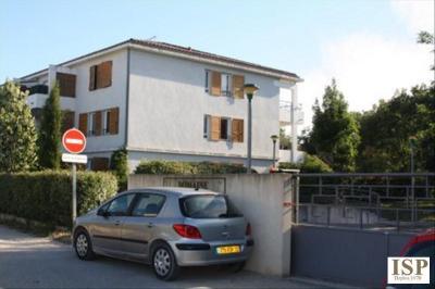 Parking Le Puy Ste Reparade