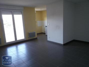 Appartement St Jean d Ardieres &bull; <span class='offer-area-number'>56</span> m² environ &bull; <span class='offer-rooms-number'>2</span> pièces
