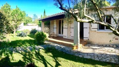 Maison Carpentras &bull; <span class='offer-area-number'>95</span> m² environ &bull; <span class='offer-rooms-number'>3</span> pièces