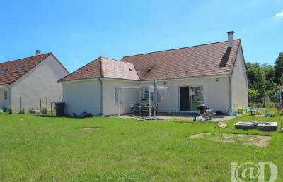 Maison Vitry aux Loges &bull; <span class='offer-area-number'>85</span> m² environ &bull; <span class='offer-rooms-number'>3</span> pièces