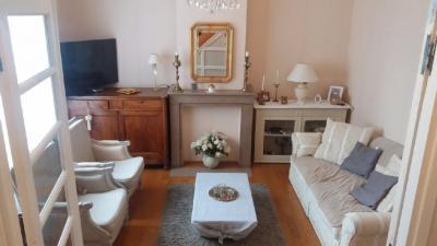 Maison Eleu Dit Leauwette &bull; <span class='offer-area-number'>130</span> m² environ &bull; <span class='offer-rooms-number'>7</span> pièces